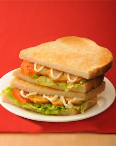 トーストサンド タンドリーチキン